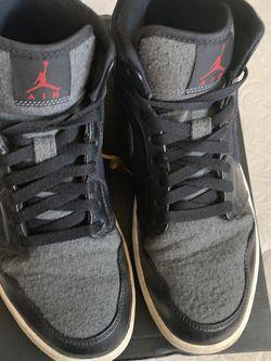 Size To Air Jordan 1 Mid Prem Winterized for Sale in Santa Ana,  CA