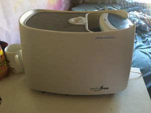 Honeywell germ free infrared humidifier for Sale in Las Vegas, NV