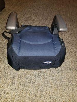 Child booster Car seat for Sale in Cedar Rapids, IA