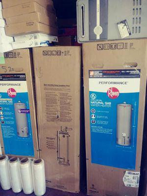 Water heater 30 galones 6 años de garantía for Sale in Vernon, CA