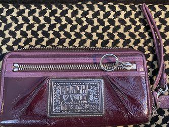 Coach Purple Wristlet Wallet for Sale in Phoenix,  AZ