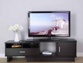 NEW RED COCOA EXPANDABLE TV STAND for Sale in Whittier,  CA