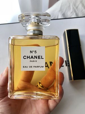 Set Chanel no5 perfume❤️❤️ for Sale in Garden Grove, CA