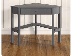 Corner Desk for Sale in Leesburg, VA