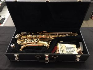 Buffet Evette saxophone with hard case for Sale in Seattle, WA