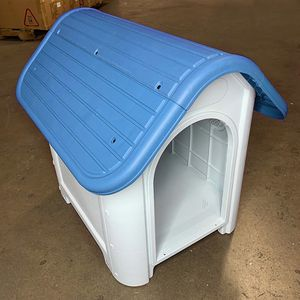 """New in box $45 Plastic Dog House Small/Medium Pet Indoor Outdoor All Weather Shelter Cage Kennel 30x23x26"""" for Sale in El Monte, CA"""