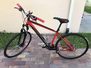 Specialized Crosstrail Hybrid bike 700C (Large Frame) for Sale in Palm Springs, FL
