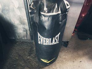 EVERLAST Boxing bag! for Sale in Sacramento, CA