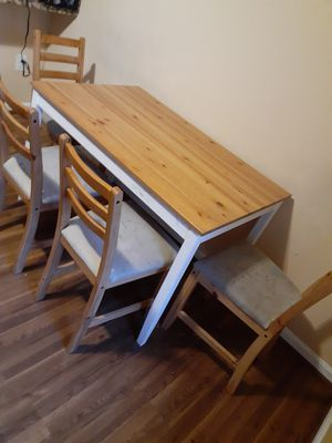 Dining table set with chairs for Sale in Gaithersburg, MD