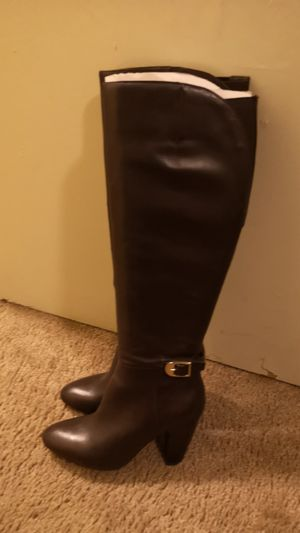 Brown boots women 5.5 for Sale in Sacramento, CA