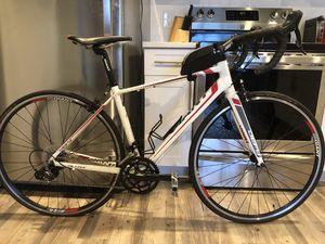 Giant defy 3 road bike for Sale in Orlando, FL