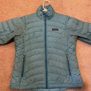 Patagonia Down Jacket Womens Extra Small for Sale in Baltimore, MD