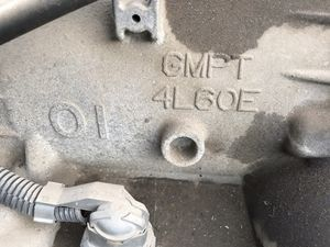 4L 60 E transmission 4 x 4 in good shape also fits Dinali suburban 4 x 4 for Sale in Fresno, CA