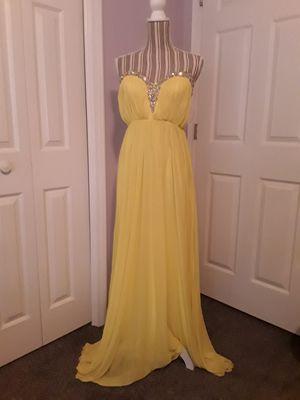 Yellow prom dress for Sale in Cumming, GA