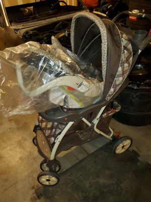 Stroller with car seat 75 or OBO for Sale in Aurora, CO