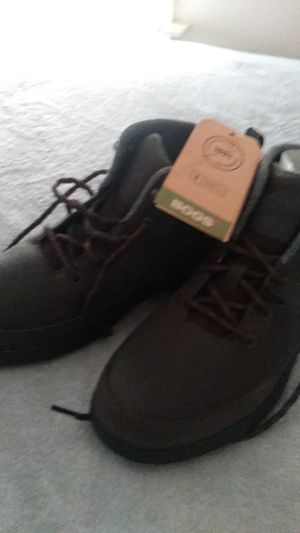 Bogs hiking boots size 11 for Sale in Cleveland, OH
