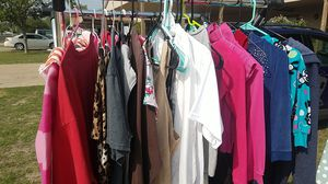 Girl's clothes Ranging (6) Women's (9) for Sale in San Angelo, TX
