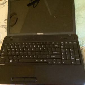 Toshiba Laptop Negotiable (read Desc) for Sale in Brooklyn, NY