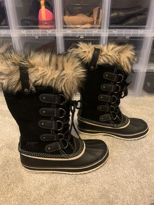 SOREL snow boots Size 9 for Sale in Staten Island, NY