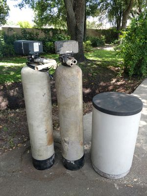 Free water filter tanks for Sale in Land O' Lakes, FL