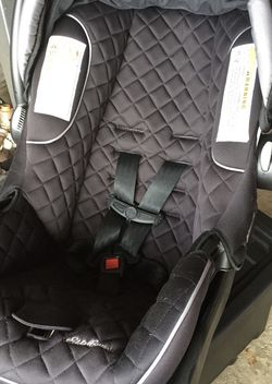 Baby Car Seat for Sale in Grayslake,  IL