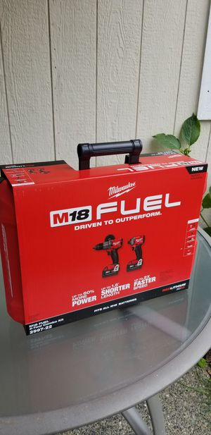 New Milwaukee 2997-22 M18 FUEL 2-Tool Hammer Drill/Impact Drivejr Combo Kit ***$250 Price is Firm*** for Sale in Federal Way, WA