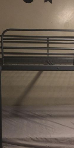 Metal Bunk Bed No Mattress for Sale in El Monte,  CA