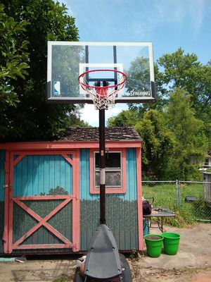 Basketball hoop for Sale in Warsaw, IL