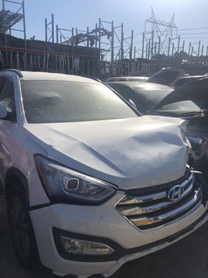 2014 Hyundai Santa Fe Part Out 93,165 Miles for Sale in Los Angeles, CA