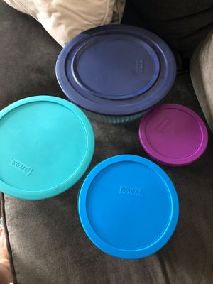 Pyrex mixing bowls with lids for Sale in Westminster, CO