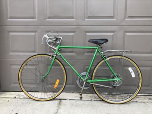 1973 Schwinn Varsity Road Bike 10 speed for Sale in Orlando, FL