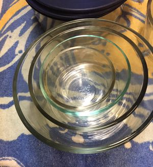 Pyrex 8 piece glass ware bowls for Sale in Torrance, CA