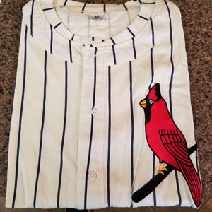 Cardinals baseball fan, New, extra large, three quarters sleeve for Sale in St. Louis, MO