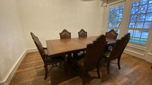 Thomasville Dining Table + 6 Chairs for Sale in Colleyville, TX