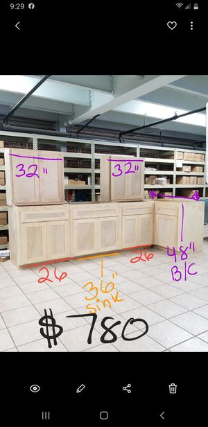 Kitchen cabinets for Sale in Downey, CA