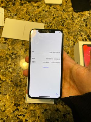 iPhone X carrier unlocked 64 GB for Sale in Raleigh, NC