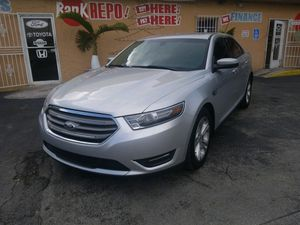 2015 Ford Taurus SEL for Sale in Miami, FL