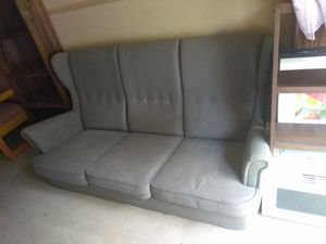$10 couch for Sale in Wichita, KS