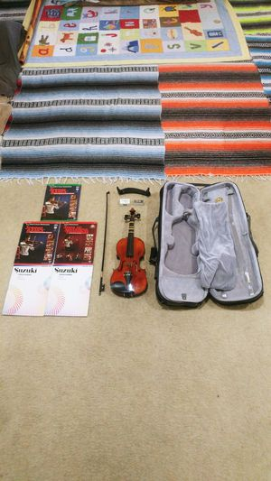 "Huge Deal on Violin & Music - 24"" Violin With 8.5"" Shoulder Rest, Clean Bow with Rosin Box, Case, and 5 learning books for Sale in Las Vegas, NV"