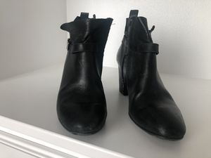 Paul Green size 8 booties for Sale in Pasco, WA