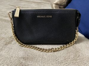 Micheal Kor Jet Set Leather Chain Wallet for Sale in Houston, TX