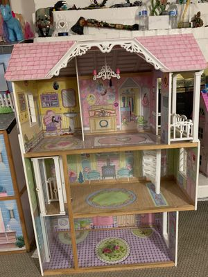 Girls doll house for Sale in Whittier, CA