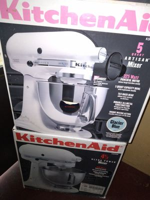 Two kitchen aid 5 quart mixer for Sale in Alameda, CA