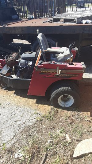Lawn mower for Sale in Duncanville, TX