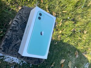 iPhone 11 Green, 64 GB for Sale in Pleasant Hill, IA
