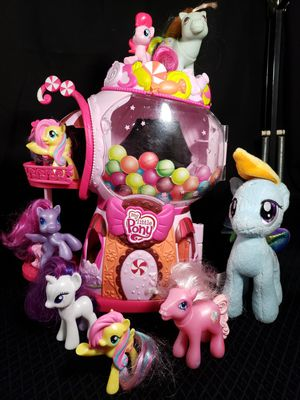 "My little pony Bubble gum candy shop 13"" & 7 ponies plus 1 plush 7"" for Sale in Zanesville, OH"
