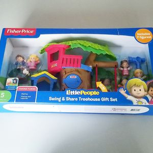 Fisher Price Little People Swing Share Treehouse Playset Gift Set for Sale in Pico Rivera, CA