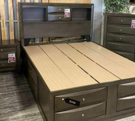 🌺Instock 🌜Emily Gray Queen Storage Platform Bed ☘️New Brand for Sale in Silver Spring,  MD