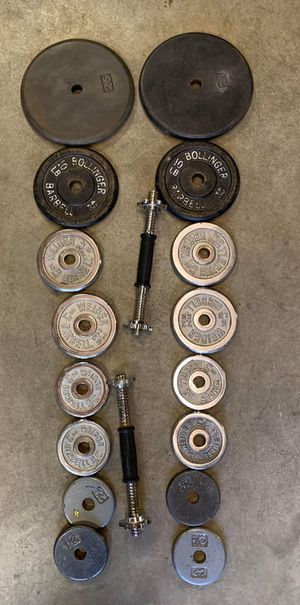 Weight set/ 122 lbs plus dumbbells barbells for Sale in Kent, WA