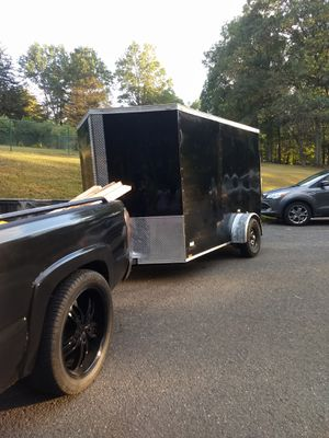 12 ft v nose enclosed trailer for Sale in Monsey, NY